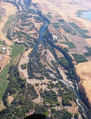 Tuolumne River Conservancy California - Bobcat Flat - Bobcat Flat Extends 1 1/2 Miles on Left Side of Photo